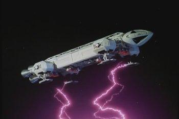 Eagle_under_attack